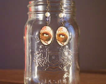 Nest Cameo and pearl Earrings