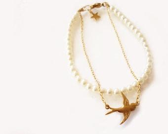 swallow bracelet, bird bracelet with pearls