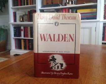 Loner's Guide - Vintage Walden Pond Book Henry David Thoreau