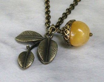 Yellow Calcite Acorn Leaf Necklace, Antique Brass Rollo Customized Length Chain... Woodland Gemstone Pendant