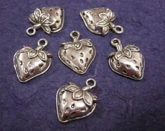6pc cute antique silver finish metal strawberry charm/pendant-1550