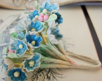 Vintage / Forget Me Nots / Faded Denim Blue / One Small Bouquet