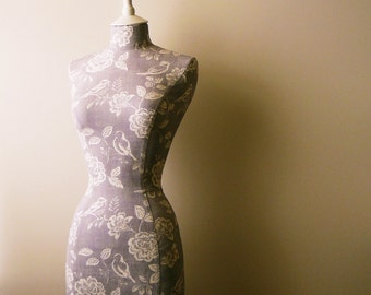 Display Mannequin Home Decor Wedding Liliac White Bird Mannequin Dressform - Molly in Lilac