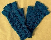 Hand Knit Peacock Fingerless Gloves, Teal wrist warmers, Teal fingerless gloves with fingers, peacock color wrist warmers