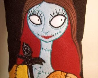 Limited Edition NIGHTMARE BEFORE CHRISTMAS Pillow Halloween Christmas Sally