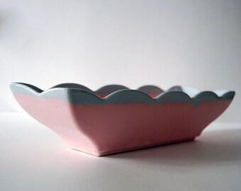 Hull Pottery Planter, Vintage Ceramic Pot, 1960s Pink Blue Planter, 74 USA Drip Glaze Console Pot, Scalloped Centerpiece, Indoor Gardening