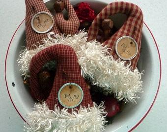Primitive Santa Hat Ornie tuck Christmas bowl filler