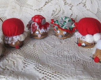 Vintage Lot Of 6 Christmas Walnut Mice, 1960's Art And Crafts, Supplies