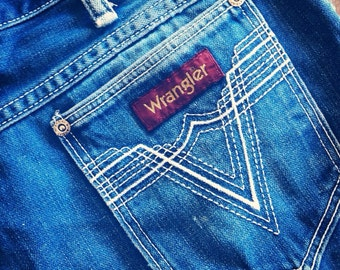 Forever in Blue Jeans...  Vintage Wrangler Denim Blue Jeans Distressed Worn In Zipper Fly