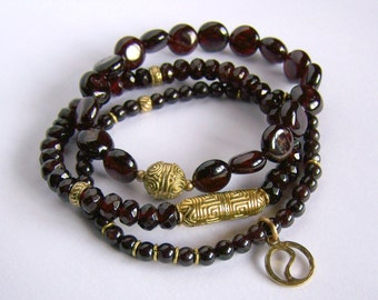 TRIO Set of 3 Layering Garnet Bracelets Stretch Stacking bracelets on etsy Yin Yang Charm Zen Yoga Burgundy Gold solid brass small wrist