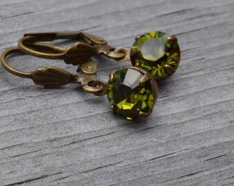 Olivine Rhinestone Earrings, Antique Brass Lever Back, Olive Green Swarovski  Earrings, Gift for Her, Lapin du Printemps