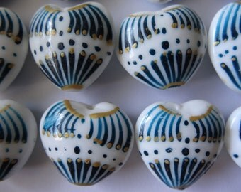 Four Loose Glass Hearts White Teal Gold 22 to 25mm Long A329