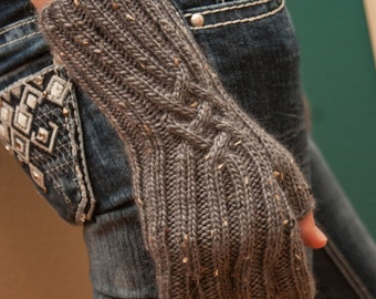 Blueish Grey Celtic Knot Fingered Gloves