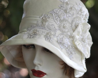 1920's Gatsby Vintage Style Cloche Wedding Bridal Evening Special Occasion Party Hat Sequins Beads Winter White Velvet