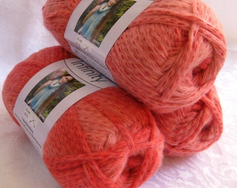 Boutique Infinity yarn in POPPY,  coral bulky weight yarn, Red Heart Boutique,  metallic