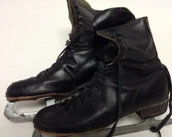 Antique Distressed Mens  Vintage Black  Leather Ice Skates