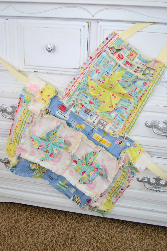 https://www.etsy.com/listing/212603580/rag-apron-pattern-with-pinwheel-for?