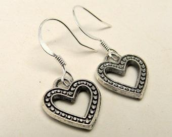 Steampunk earrings . Heart earrings