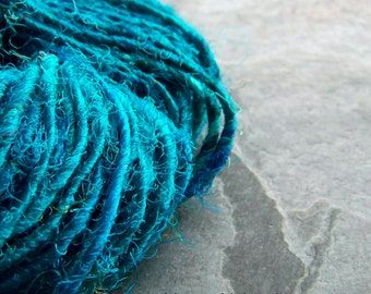 Recycled Silk Sari Yarn- Silk Sari Yarn-Turquoise Blue-Silk Yarn-Contemporary Vibrant Recycled Sari Silk Fiber Yarn-4 Yards