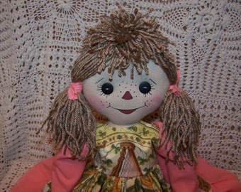 Handcrafted Primitive Folk Art Joslyn Annie St. Paddy's Day Raggedy Doll 4