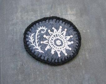 Felt Amoeba Pin, Embroidered Brooch, Black and White Jewelry, Microscopic Organism Jewelry