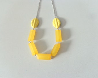 Chunky yellow leaf necklace