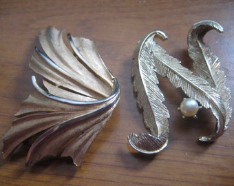 Two Goldtone Metal Pins One by Trifari and One The Letter N