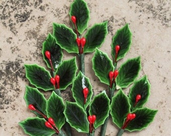 18 Tiny Lacquered Holly Leaves in 6 Paper Wrapped Bundles  - Christmas Packaging Trims  Millinery Picks  - Vintage Style Holly Leaves