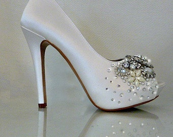 Ivory Silk Wedding Shoes . Crystal and Pearl Bridal Heels . Sparkly Wedding Heels . 5 inch Heels . Wedding Peeptoes