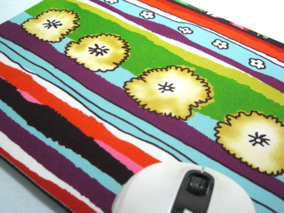 Buy 2 FREE SHIPPING Special!!   Last One!!   Mouse Pad, Computer Mouse Pad, Fabric Mousepad    Funky Flowers
