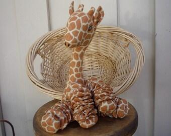 Yo Yo Giraffe baby nursery room jungle zoo safari decor fabric quilt gift child friendly yoyos