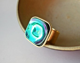 Its Hip To Be Square - Adjustable Vintage Glass Ring