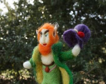 Needle Felted Leprechaun, tomte figurine, fairy creatures, elf, forest magic, forest gnome, fantasy, Waldorf doll, Montessori game, play