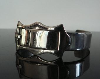 Vintage 1940s 50s silver Buckle Bracelet  / 1950s costume jewelry