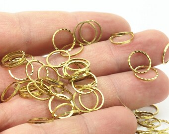 Textured Circle Ring, 100 Raw Brass Textured Circle Ring Findings  (10mm)  A0582