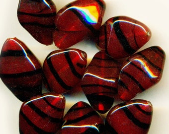 Vintage 12 Chunky 21x12mm Bicone Glass Deep Red Tiger Stripe Lampwork Beads Q1L