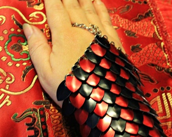 Made To Order PAIR ScaleMail Half Gauntlet two tone Black and Red dragonscale LARP cosplay