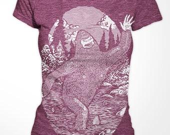 Womenst T-shirt - Happy Bigfoot - American Apparel