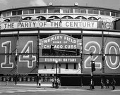Wrigley Field Exterior with 1914 2014 Sign