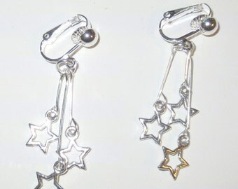 Silver triple stars clip on earrings, fourth of july earrings, star earrings, clip on earrings, holiday earrings