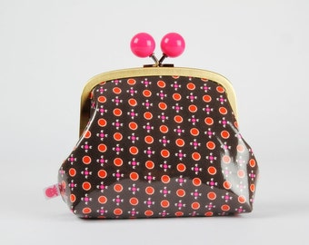 Metal frame clutch bag - Tsukiko gris // Laminated - Color bobble purse / Coated cotton / Petit Pan / neon pink dots / red charcoal grey