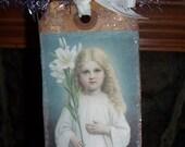 Primitive Easter Angels Banner Swag Party Garland Vintage Images on Prim Glittered Hang Tags on Vintage Tinsel OFG HAFAIR FAAP