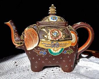 Hand Painted Japanese Satsuma Moriage Elephant Teapot