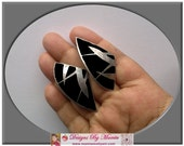 Vintage Earrings For Bridesmaids, Big Studs Post Earrings For Wedding Engagement, Classic Estate Jewelry, 1960s Black Triangular Earrings