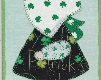 St Patrick's Day Sunbonnet Sue Quilted Fabric Postcard