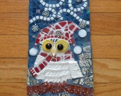 "Mosaic Owl Plaque, Pique Assiette, Wearing Red Plaid Scarf and Hat in Snowstorm, 5.75"" x 11"""