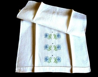 Table Cloth Towels Runner Kitchen Bath Guest Hand Towel Pair Embroidered Blues