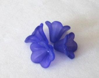 Petunia Flower Dark Purple 14mm x 10mm (10)