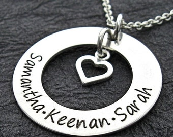 DIANA Love Around My Heart mom engraved necklace - Personalized Necklace - Mother Necklace - Engraved Jewelry