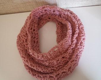 Alluring Lattice Infinity Scarf / Color Country Rose / Cowl Neck Warmer / Circle Loop Scarves / Cowel Eternity Scarf / Crochet